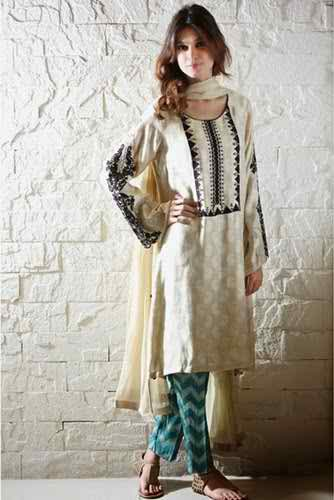 Maria B Special Eid Attractive Clothes 2014 (3)