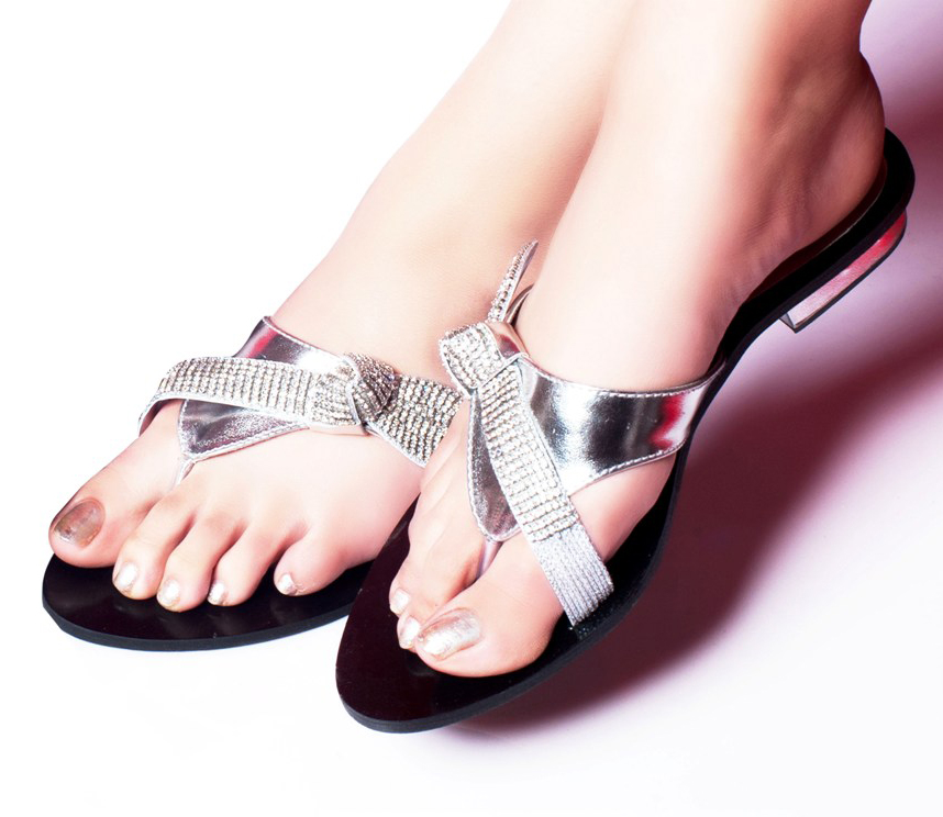 Metro Shoes 2012 Sandals Flat Footwear for Summer For Girl