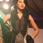 Vaneeza V Lawn Prints Exhbition 2012 At Palm Clifton Karachi