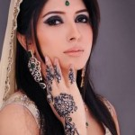 Stylish And Easy Eid Mehndi Designs 2012 for Girls and Women