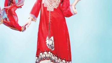 Vogue Embroidered Silk Eid Dress Collection 2012 by Five Star Textile (3)