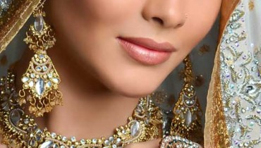 Stylish Bridal Makeup & Hair Styles By N-Pro Nabila Salon (5)