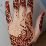 latest Eid-ul-fiter hand Mehndi Designs 2012