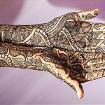 Latest and Beautiful Arabic Mahndi Designs Collection 2012 For Girls (5)