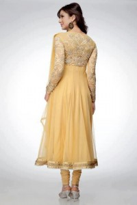 Beautiful Mehndi Dresses 2012 For Pakistani Woman Wedding By Ethnic Couture 009