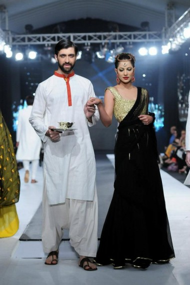 Khawar Riaz Featuring Adnan Pardesy at Bridal Week Finale 1