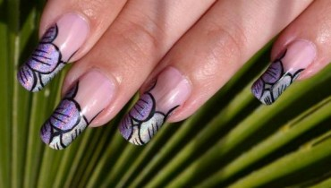 Latest Stylish Eid ul Azha Nail Art Designs For Women & Girls 001