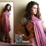 Black & White Couture Latest winter Collection 2012-13 for Women (10)