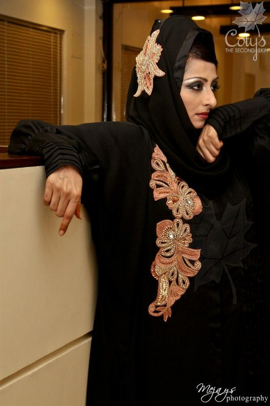 Coty's-Winter-Abayas-Collection design (5)