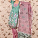 Latest Winter Shalwar Kameez Designs 2013 For Young Girls 0011