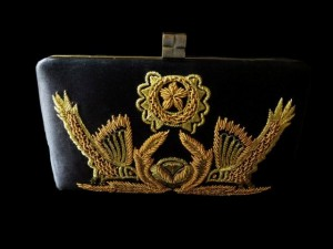 Mahin Hussain new style handbags collection 2012-13 for winter (2)