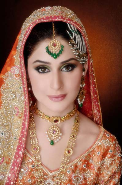 Ather Shahzad Bridal Makeup 2013 For Barat Valima & Mehndi 005