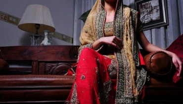 Almirah is a brand of clothing for both sexes, covering formal, semi-formal and casual wear. The product range includes classic, Executive & Funky Kurta men, ladies Abaya, Kurtis & official costumes