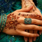 Latest Beautiful Valentines Day Mehndi Collection 2013 For Girls 03