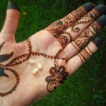 Latest Beautiful Valentines Day Mehndi Collection 2013 For Girls 11