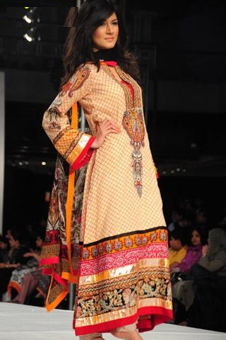 Lakhani Silk Mills atFashion Week 2013, Day 3
