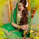 Latest-Pakistani-Beautiful-Bridal-Mehndi-Dresses -1