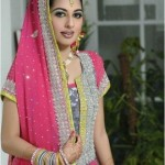 Latest-Pakistani-Beautiful-Bridal-Mehndi-Dresses - 11