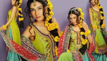 Wedding Mehndi Modern Dresses 2013 For Girls