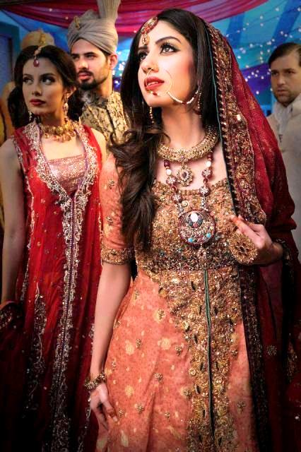Latest Stunning Wedding Dresses For Brides By Khawar