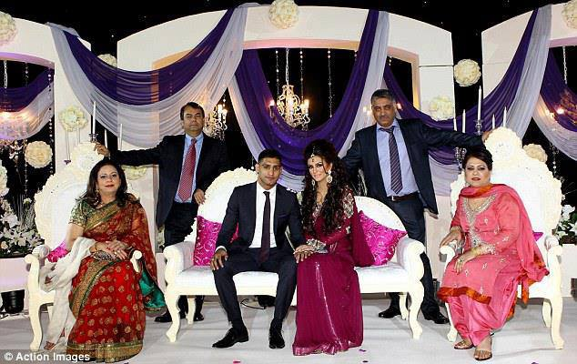 Latest Engagement Pictures Of Pakistani Boxer Amir Khan and Photo Shoot (2)