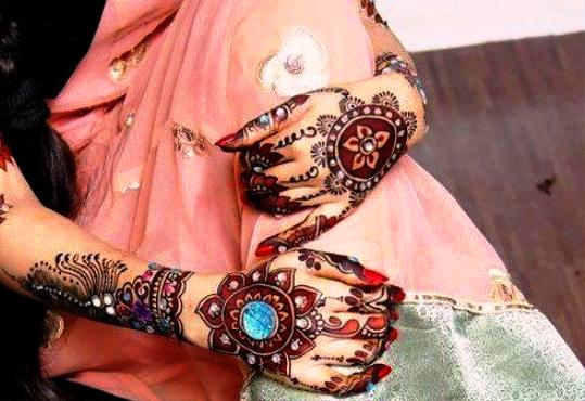2013 Latest Collection Pakistani Mehndi Designs