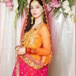 Stylish-Mehndi-Outfits-1