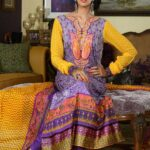 Wardha Saleem Lawn Eid Collection By Shariq Textiles For Women 001