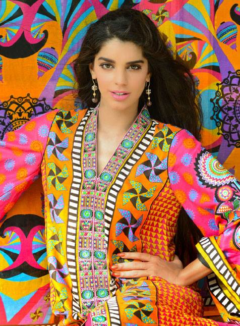 Wardha Saleem Lawn Eid Collection By Shariq Textiles For Women 004