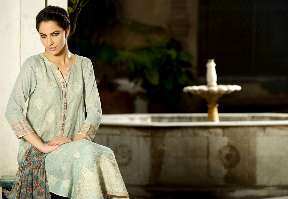 Latest Republic Stylish Embroidered Dress Lawn Prints 2013 003