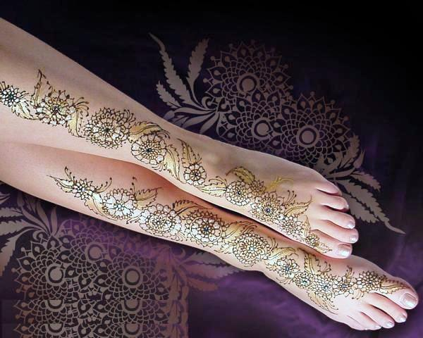 New Arabic Most Famous Mehndi Design For women 2013 1