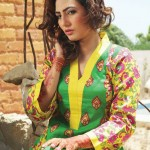 Popular Classic Lawn Latest Collection 2013 003