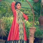 Zunaira Lounge Winter Dresses 2013