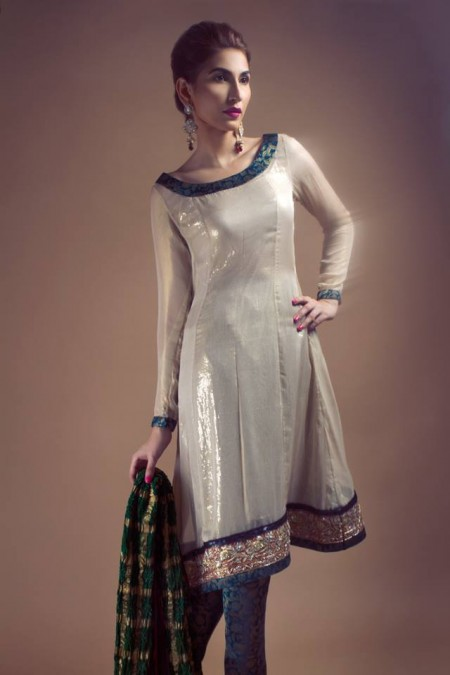 Umbereen and Sharmeen Winter Dresses 2013-2014 For Girls 2