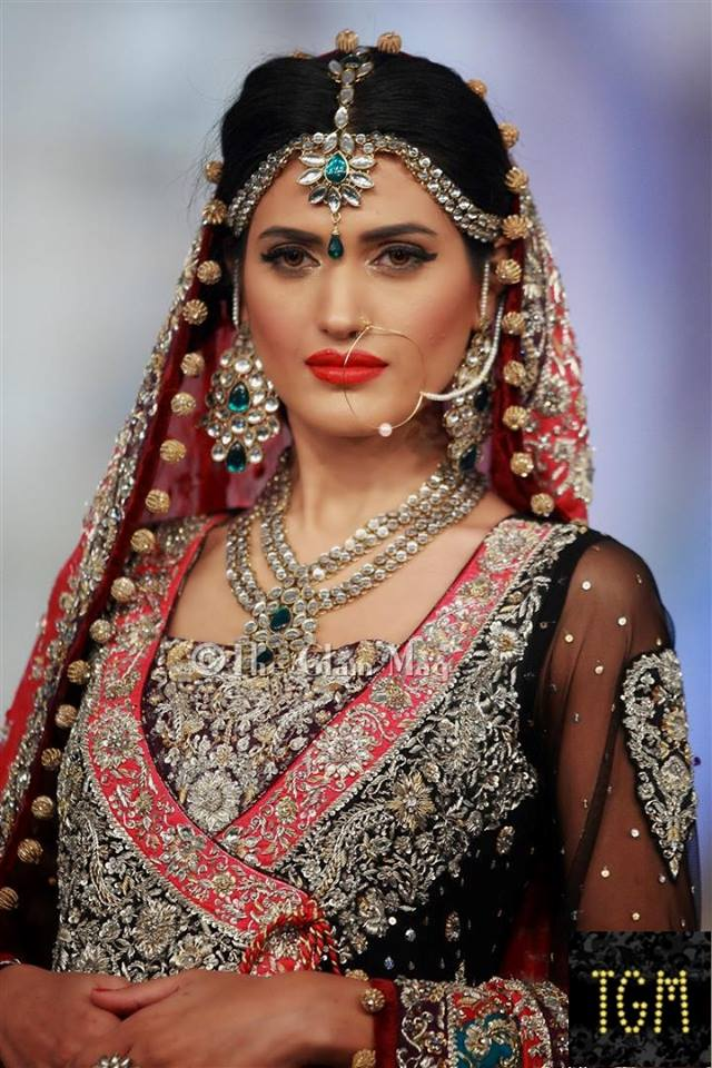 Zainab chothani collection at pantena bridal couture week for Indian wedding dresses new york