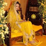 Latest Bridal Mahndi Dress Collections 2014 007