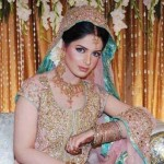 Latest Bridal Mahndi Dress Collections 2014 008
