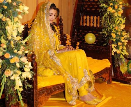 Latest Pakistani Bridal Wear Mehndi Dresses New Collection 2014 For Girls (1)