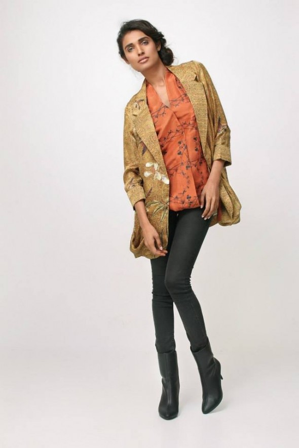 Nida Azwer Latest Beautiful Winter Jackets 2014 For Ladies (1)