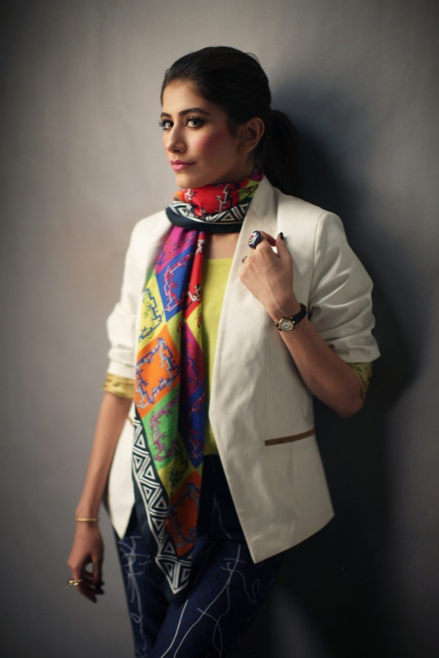 Sania Maskatiya and Gul Ahmed Syra Yousuf Scarves 2014 001