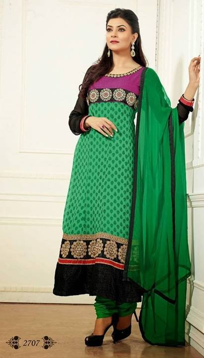 Sushmita Sen Anarkali Frocks Collection 2014-2015 For Women (1)