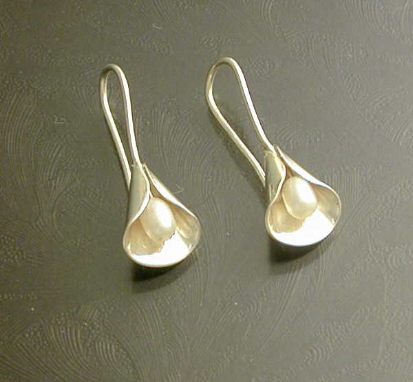 Calla Lily Style of Jewellery For Parties (3)