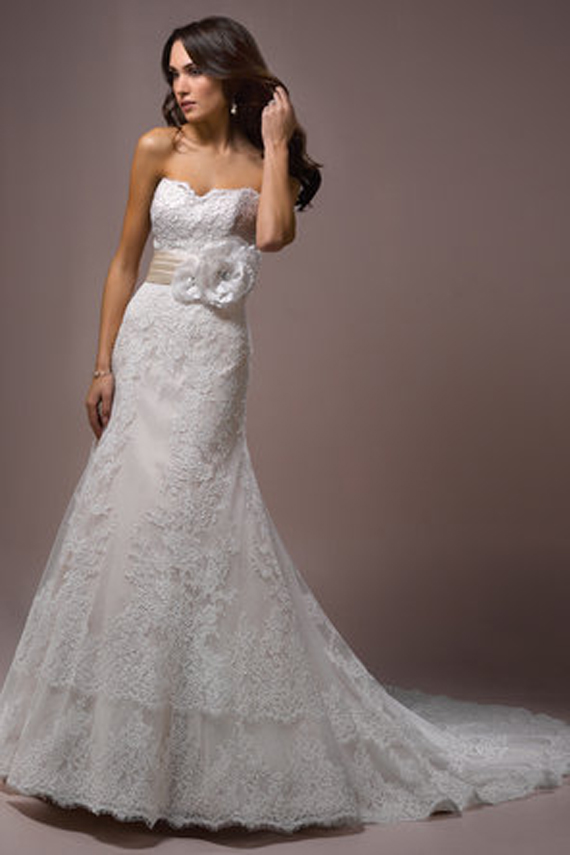 Sexy White Colored Halter Marriage Outfits Styles by Maggie Sottero (2)