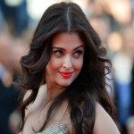 Very Best Positions of Aishwarya Rai At Cannes 2014 (2)