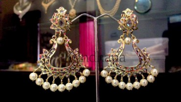 Different Lovely Wedding Brand Ear Rings 2014 For Wedding Brides (1)