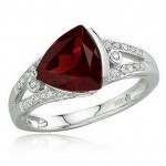 Fashionable Styles of Ruby Jewelry For Special Occasions (2)