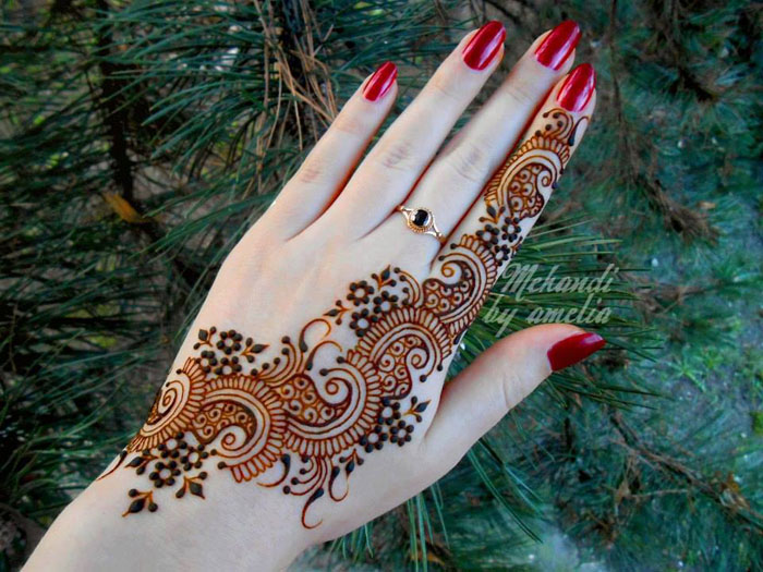 Amazing Eid Occasion Henna Fashions 2014 for Young Girls (4)