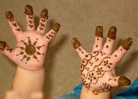 Amazing Unique Childs Henna Layouts Just for Eid (4)