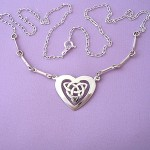 Best Design Of Celtic Jewelry For Babes (4)