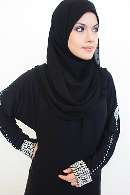 Halaa Abayas Trim Jilbab Apparel Sensation 2014 (4)